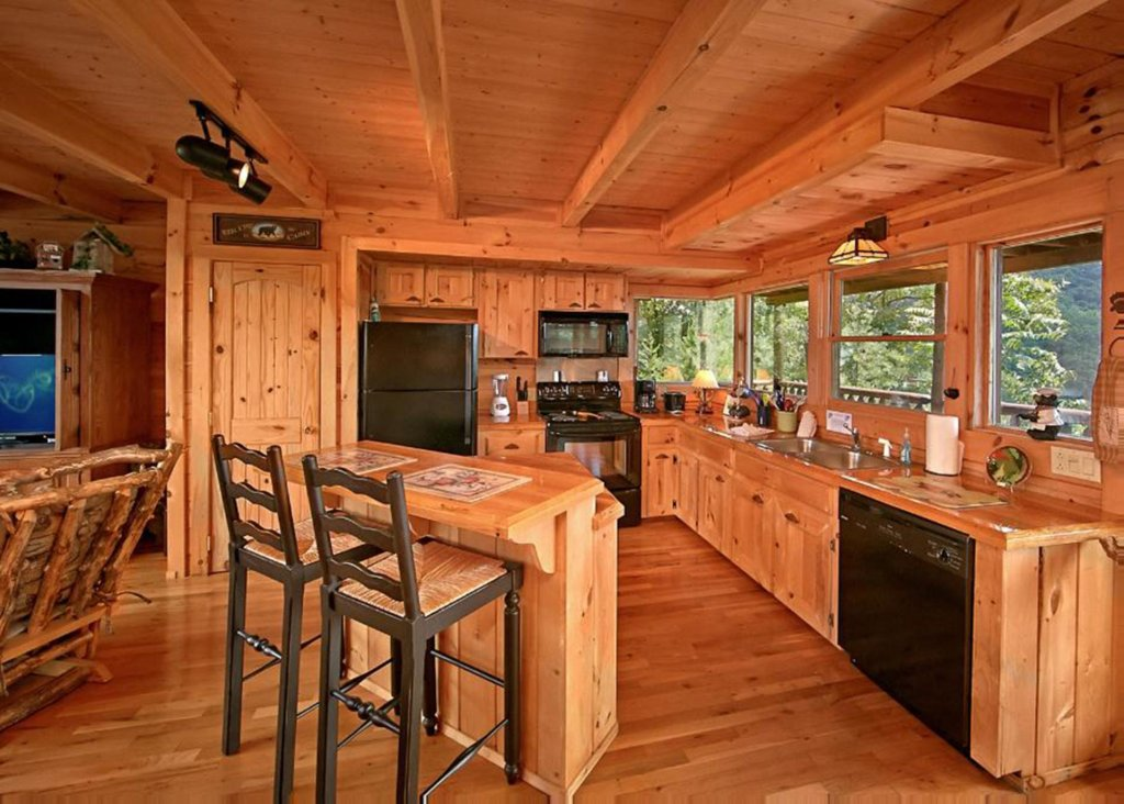 Photo of a Sevierville Cabin named Above It All #38 - This is the fortieth photo in the set.
