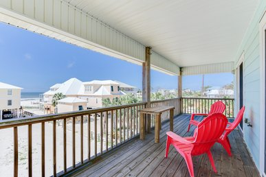 Lovely Vacation Home with Gulf Views and easy beach access