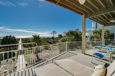 Elegant Gulf-Front Home with Sweeping views and private pool