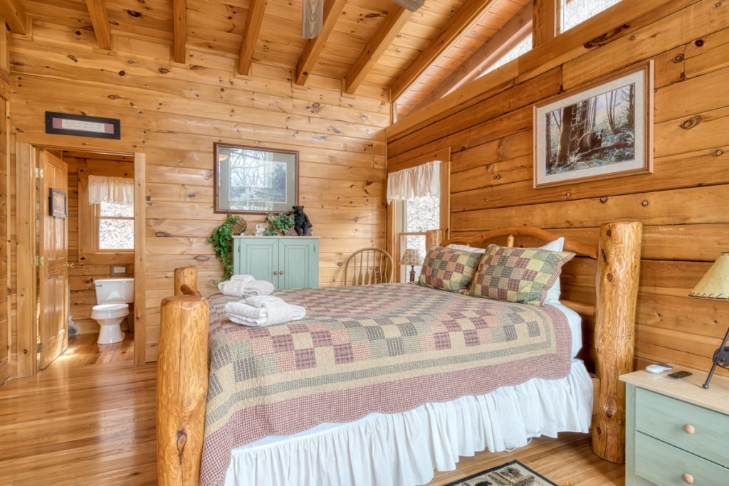 Photo of a Sevierville Cabin named Amazing Grace #25 - This is the sixteenth photo in the set.