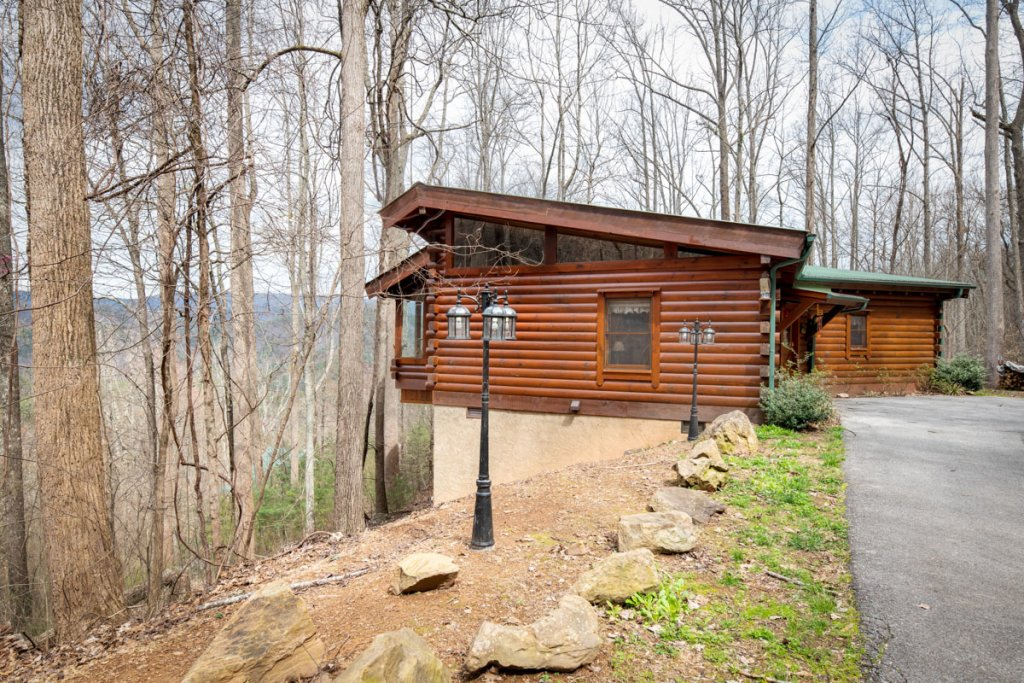 Photo of a Sevierville Cabin named Amazing Grace #25 - This is the twenty-fourth photo in the set.