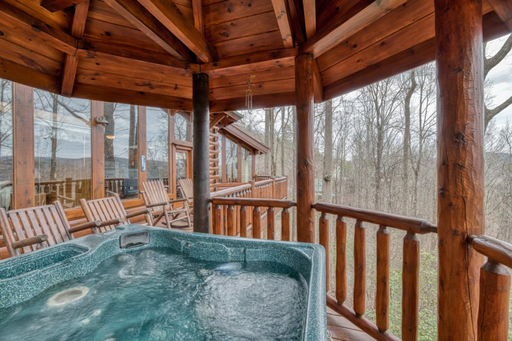 Photo of a Sevierville Cabin named Amazing Grace #25 - This is the twenty-ninth photo in the set.