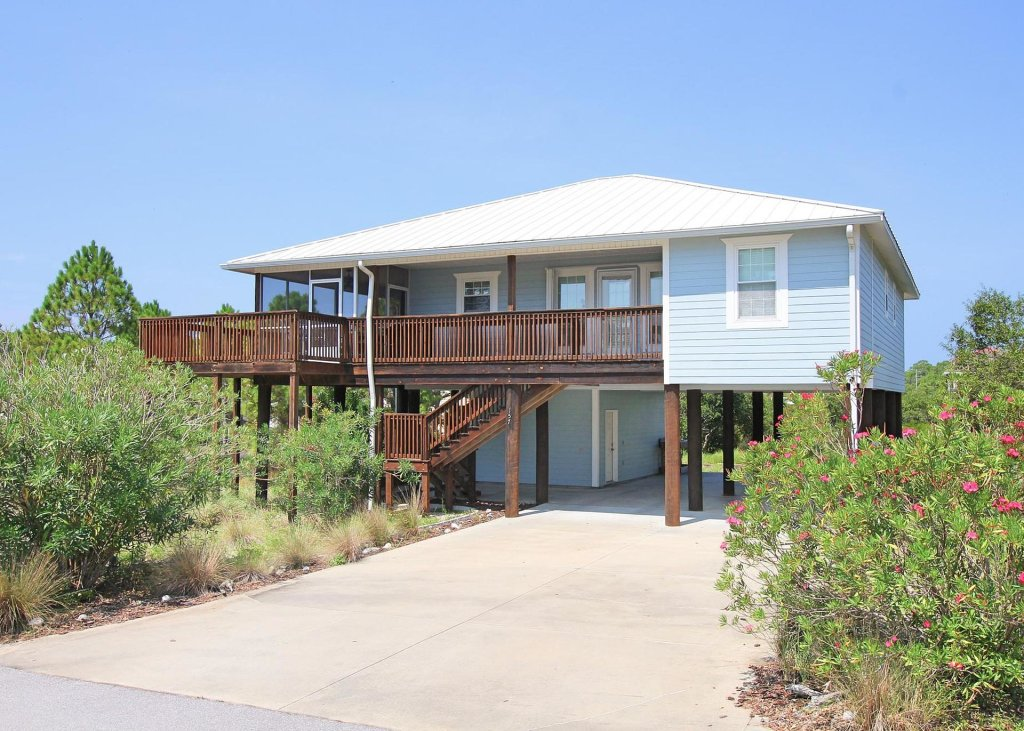 Photo of a Cape San Blas House named Tupelo Honey - This is the third photo in the set.