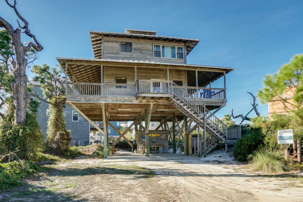 Photo of a Cape San Blas House named Tree House - This is the second photo in the set.