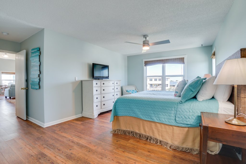 Photo of a Cape San Blas Condo named Ellie's Sealargo - This is the eighteenth photo in the set.