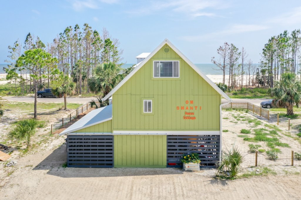 Photo of a Cape San Blas House named Om Shanti Seaside Cottage  - This is the fortieth photo in the set.