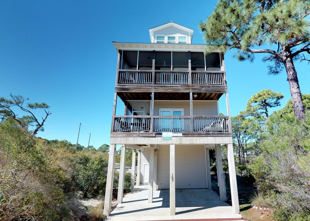 Photo of a Cape San Blas House named All Decked Out - This is the twenty-ninth photo in the set.