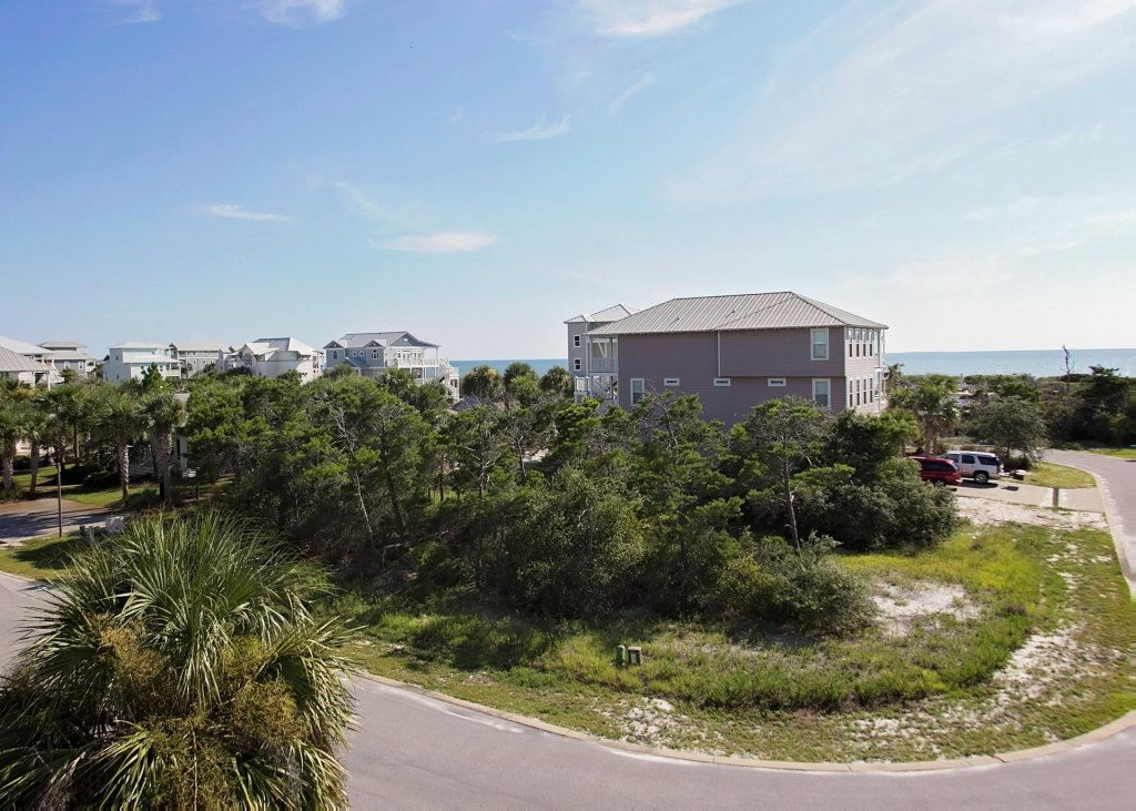 Photo of a Cape San Blas House named Aus-seas Haven - This is the thirty-second photo in the set.