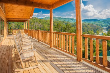 Free Tickets   5bed/5bath Upscale Cabin W/media Room, Pool Table &  Hot Tub