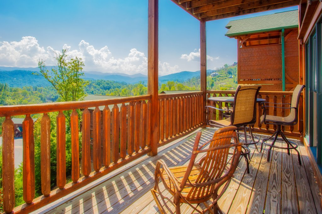 Photo of a Gatlinburg Cabin named Million Dollar View - This is the eleventh photo in the set.