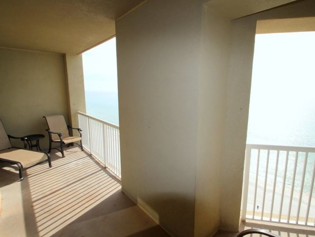 Photo of a Panama City Beach Condo named Grand Panama 1604 - Tower I - This is the twenty-third photo in the set.