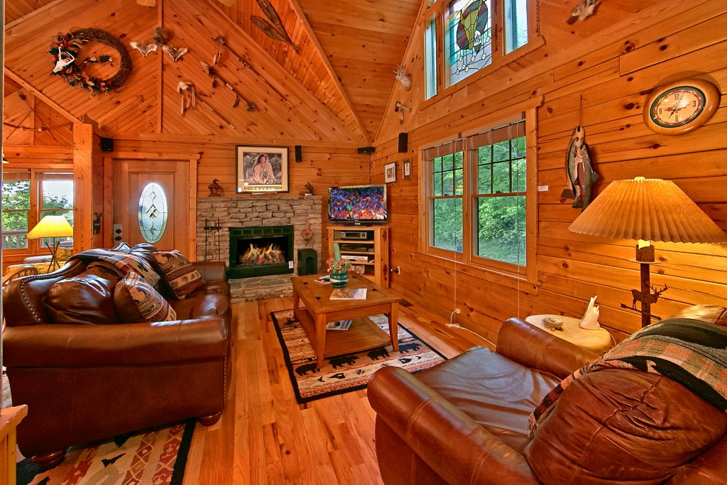 Photo of a Sevierville Cabin named Tonto's Tee Pee #123 - This is the eighteenth photo in the set.