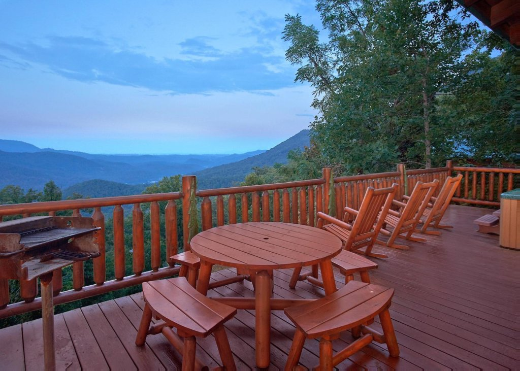 Photo of a Sevierville Cabin named Simply Breathtaking 36 - This is the first photo in the set.