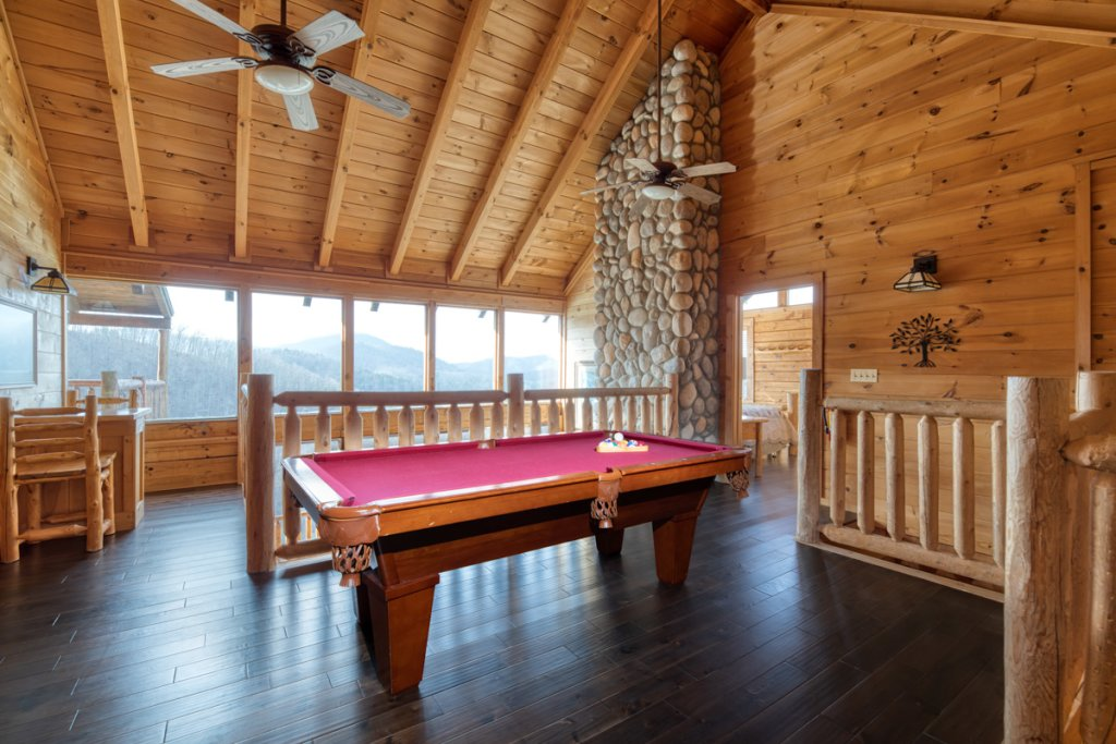 Photo of a Sevierville Cabin named Treetop Oasis #56 - This is the second photo in the set.