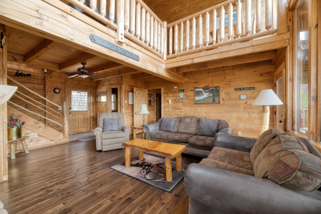 Photo of a Sevierville Cabin named Treetop Oasis 56 - This is the fifth photo in the set.