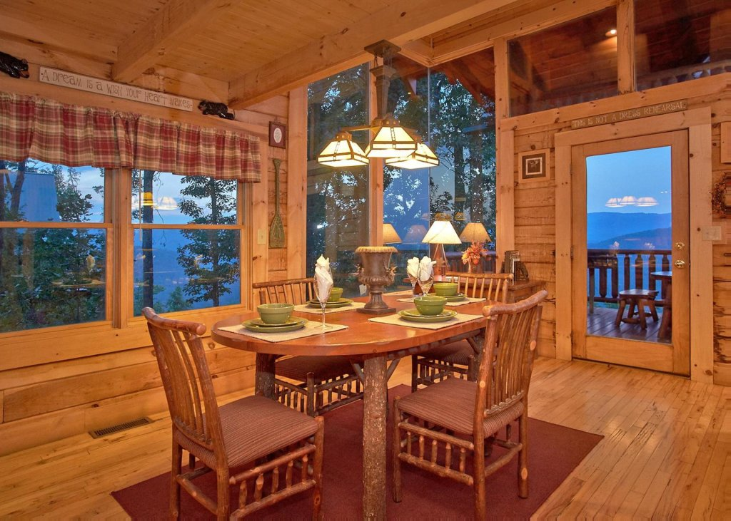 Photo of a Sevierville Cabin named Simply Breathtaking 36 - This is the sixth photo in the set.