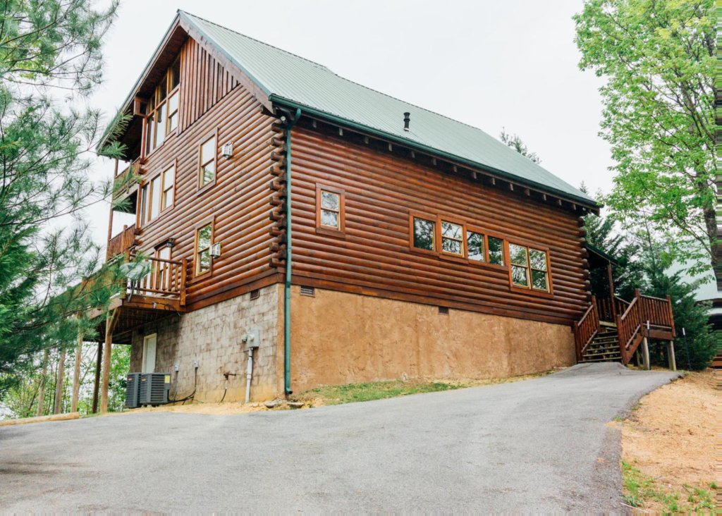 Photo of a Sevierville Cabin named Halfway To Heaven 40 - This is the nineteenth photo in the set.