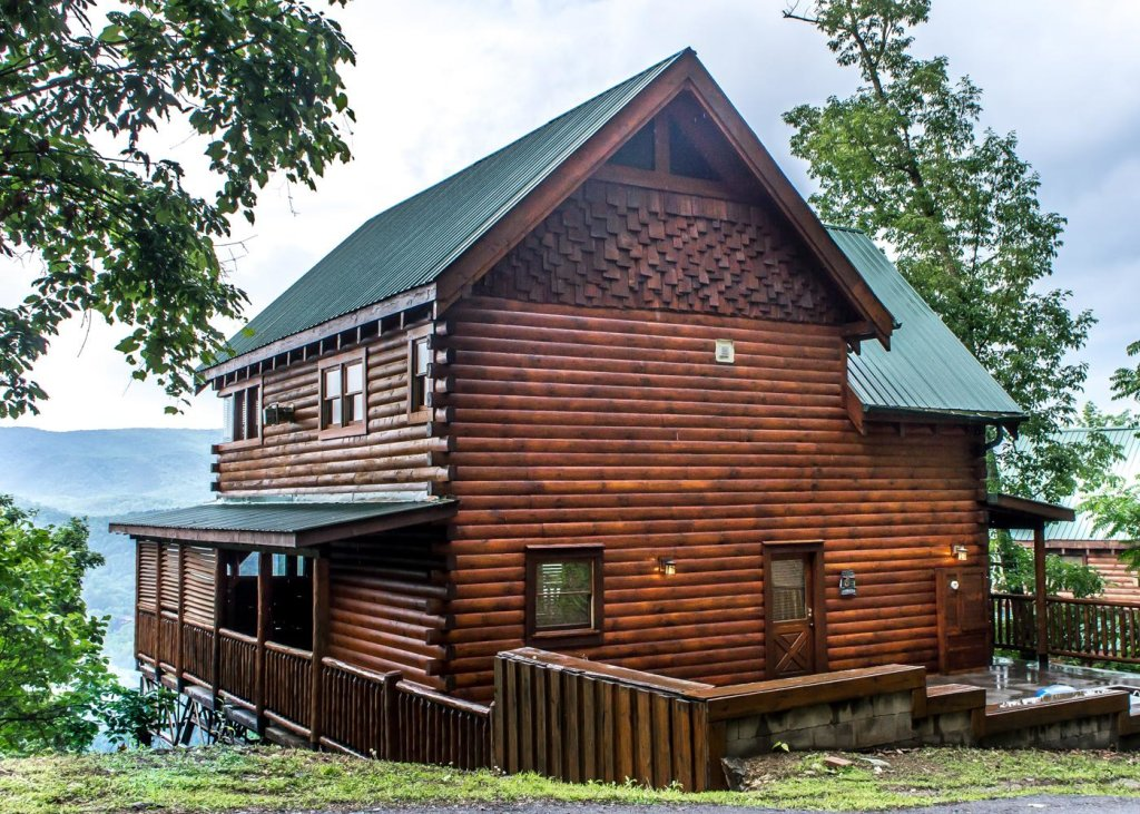 Photo of a Sevierville Cabin named The Honeymoon Sweet #63 - This is the twenty-second photo in the set.