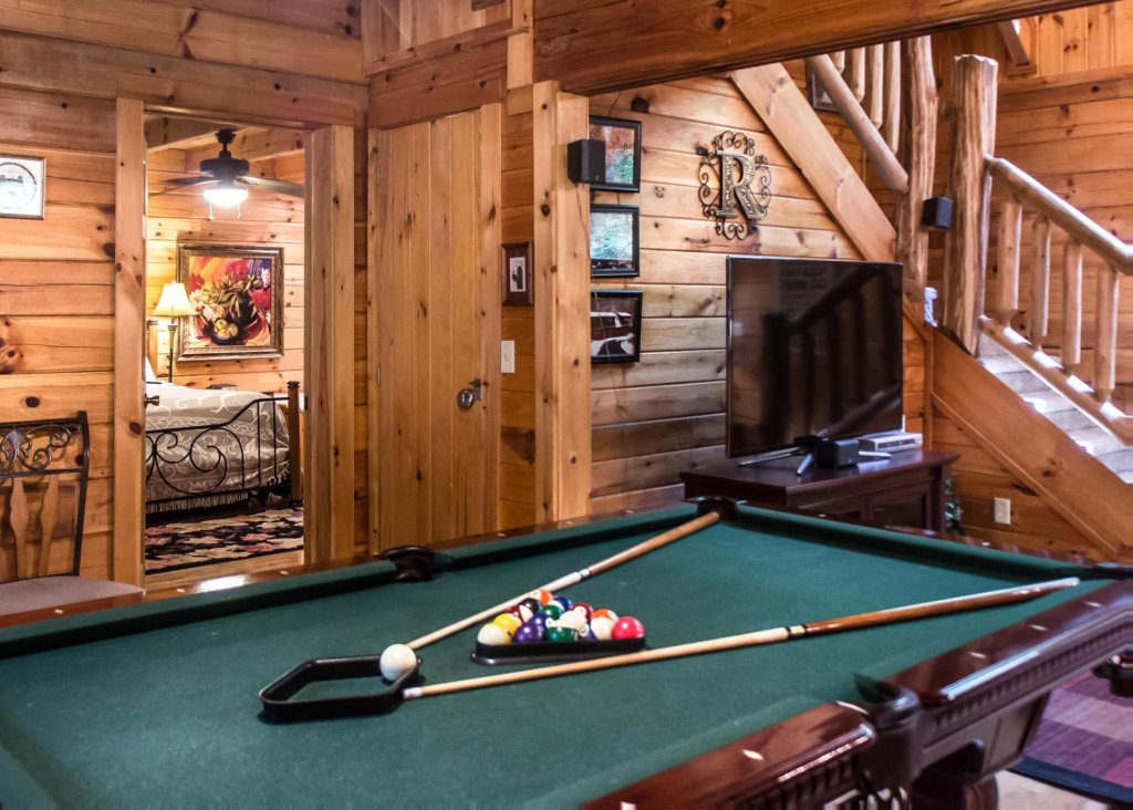 Photo of a Sevierville Cabin named Mountain Music 19 - This is the first photo in the set.