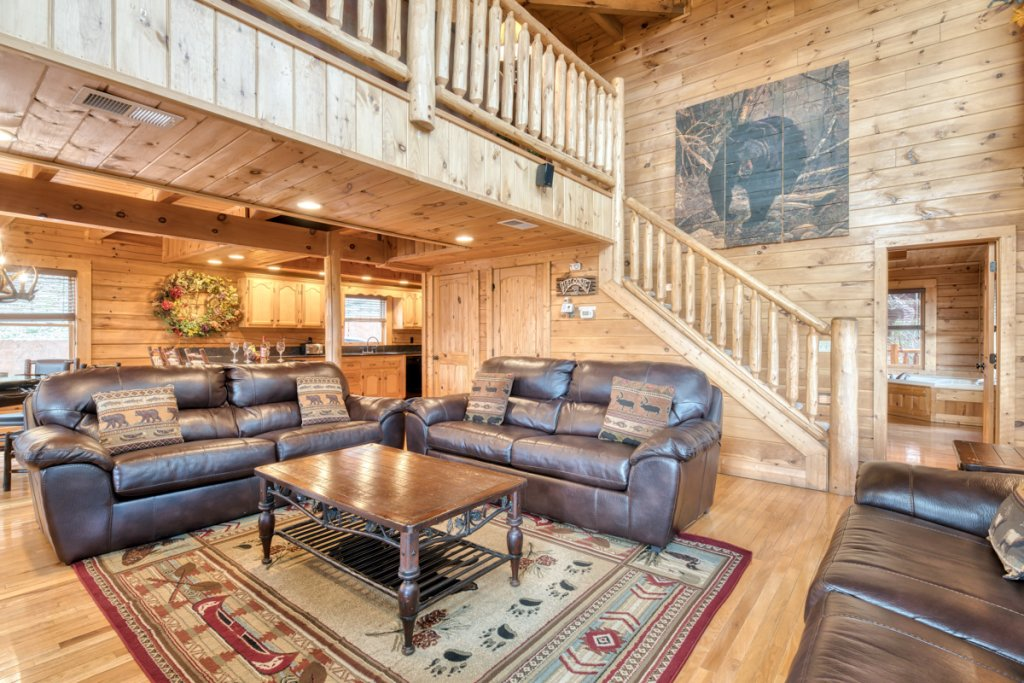 Photo of a Sevierville Cabin named Misty Mountaintop 52 - This is the eighth photo in the set.