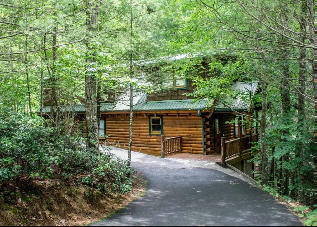 Photo of a Sevierville Cabin named Mountain Music 19 - This is the twenty-fifth photo in the set.