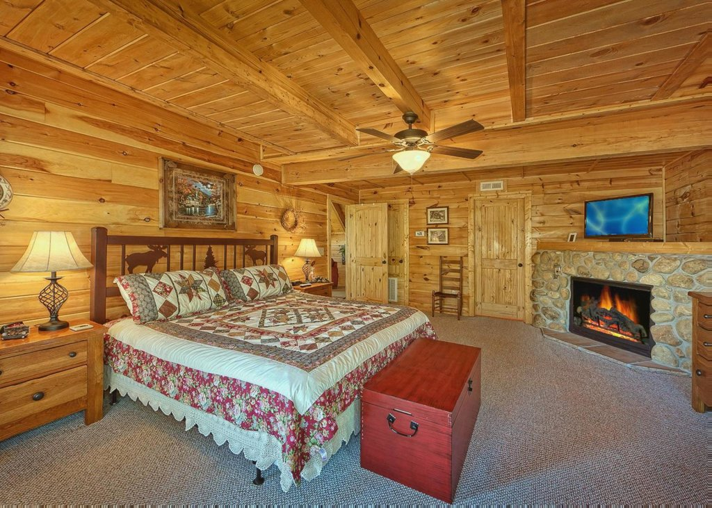 Photo of a Sevierville Cabin named Tranquility 53 - This is the tenth photo in the set.