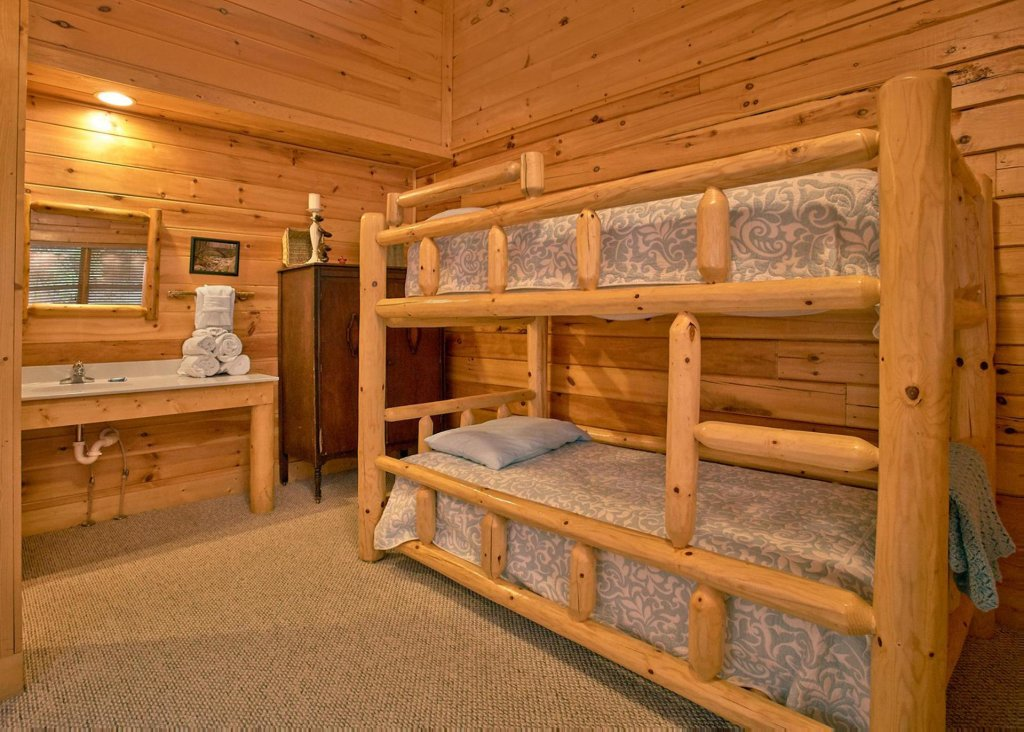 Photo of a Sevierville Cabin named Southern Elegance 70 - This is the twenty-first photo in the set.