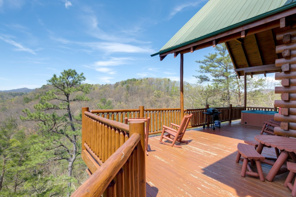 Photo of a Sevierville Cabin named Perfect Peace #46 - This is the third photo in the set.