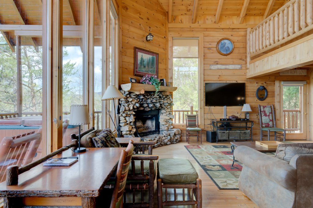 Photo of a Sevierville Cabin named Perfect Peace #46 - This is the ninth photo in the set.