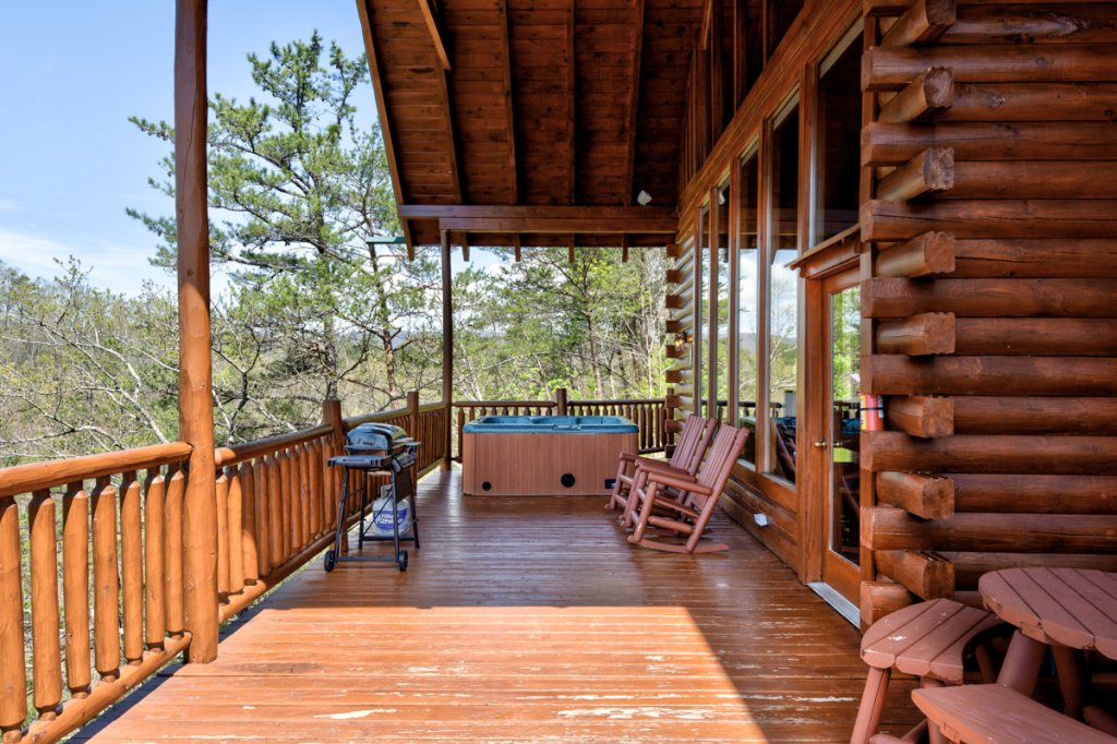 Photo of a Sevierville Cabin named Perfect Peace #46 - This is the twenty-seventh photo in the set.