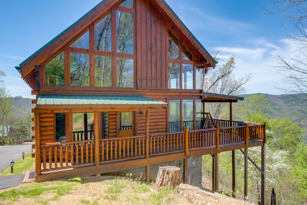Photo of a Sevierville Cabin named Highland Lodge 61 - This is the thirty-third photo in the set.