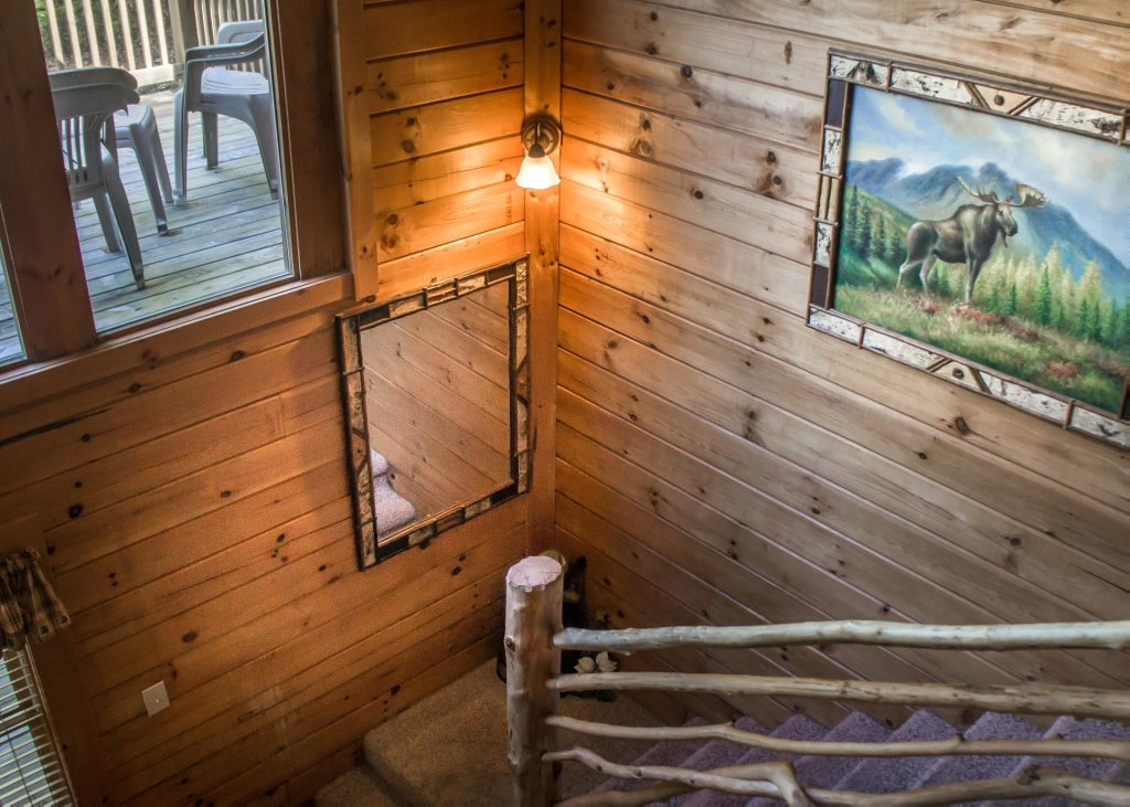 Photo of a Sevierville Cabin named Mountain Dreams #24 - This is the eleventh photo in the set.