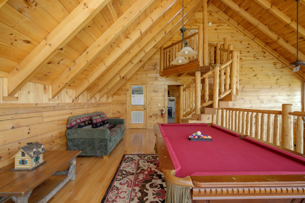 Photo of a Sevierville Cabin named Highland Lodge 61 - This is the twenty-seventh photo in the set.