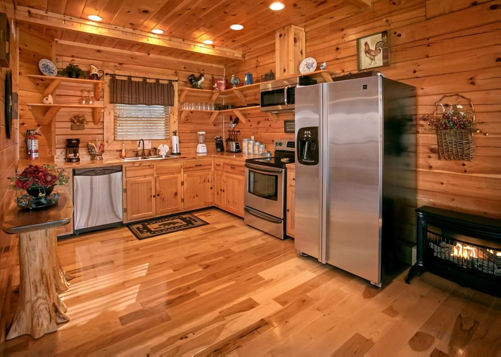 Photo of a Sevierville Cabin named Lovers Loft #62 - This is the fourth photo in the set.