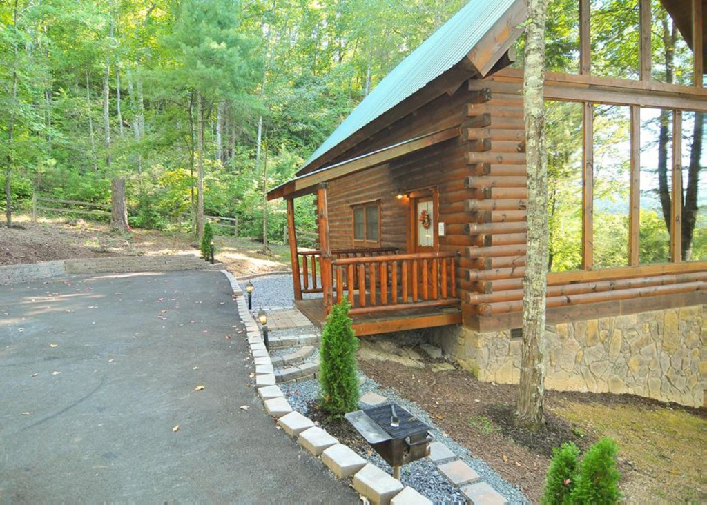 Photo of a Sevierville Cabin named Good Times 34 - This is the twelfth photo in the set.