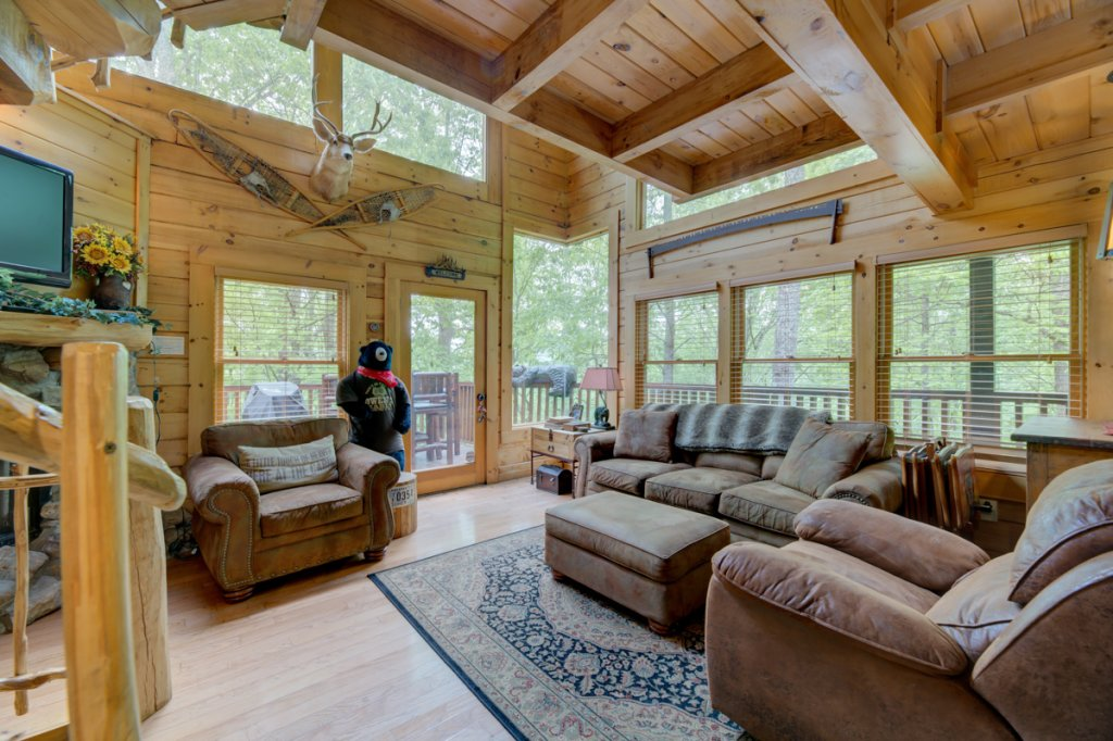 Photo of a Sevierville Cabin named Higher Ground #21 - This is the fourth photo in the set.