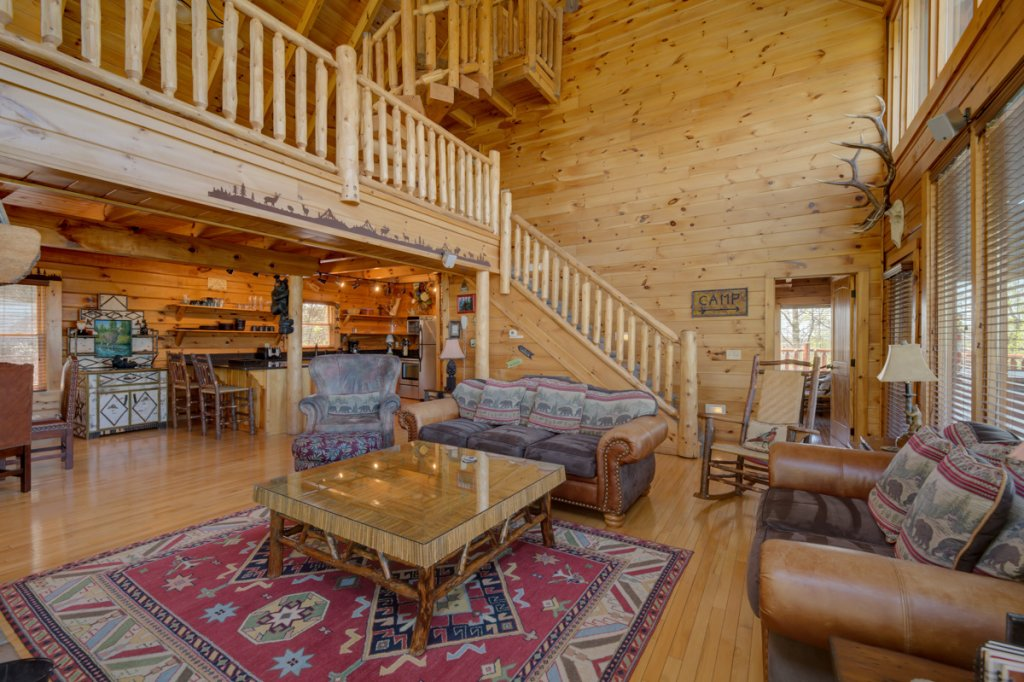 Photo of a Sevierville Cabin named Highland Lodge 61 - This is the seventh photo in the set.