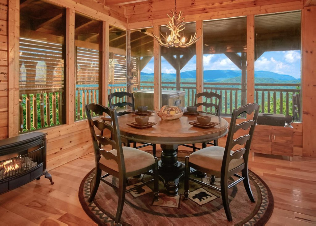 Photo of a Sevierville Cabin named Lovers Loft #62 - This is the sixth photo in the set.