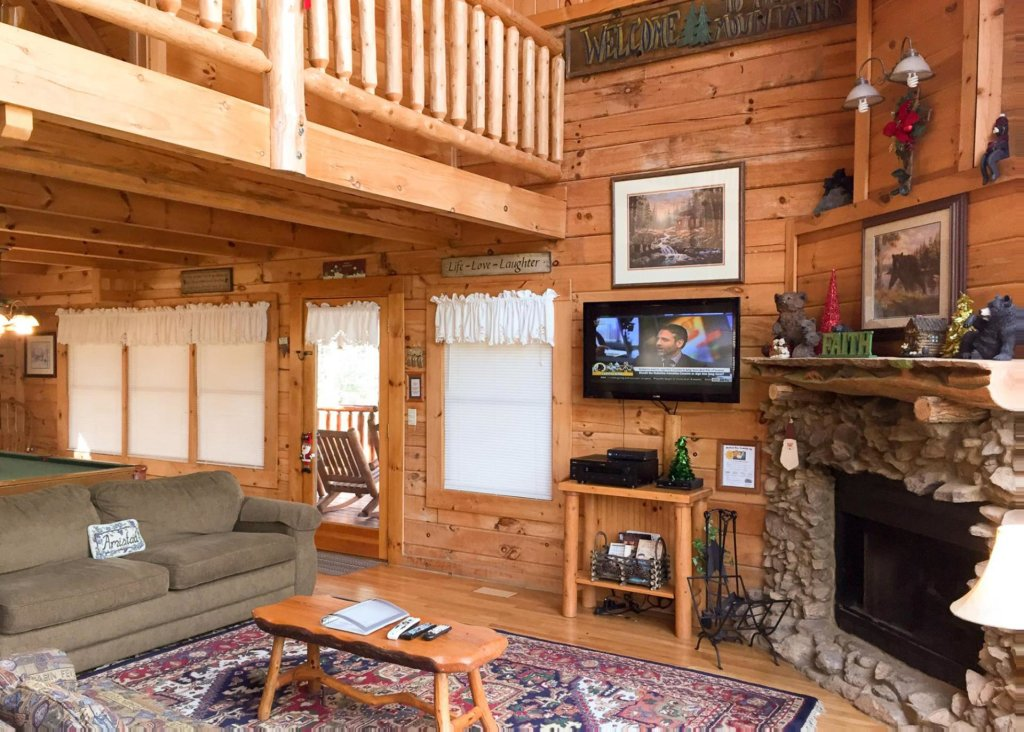 Photo of a Sevierville Cabin named Good Times 34 - This is the fourth photo in the set.