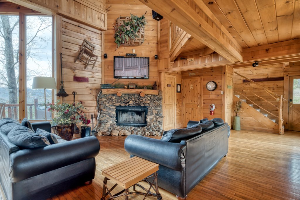 Photo of a Sevierville Cabin named Livin The Dream #44 - This is the third photo in the set.