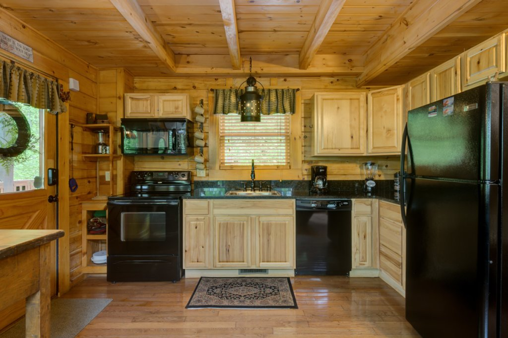 Photo of a Sevierville Cabin named Higher Ground #21 - This is the seventh photo in the set.