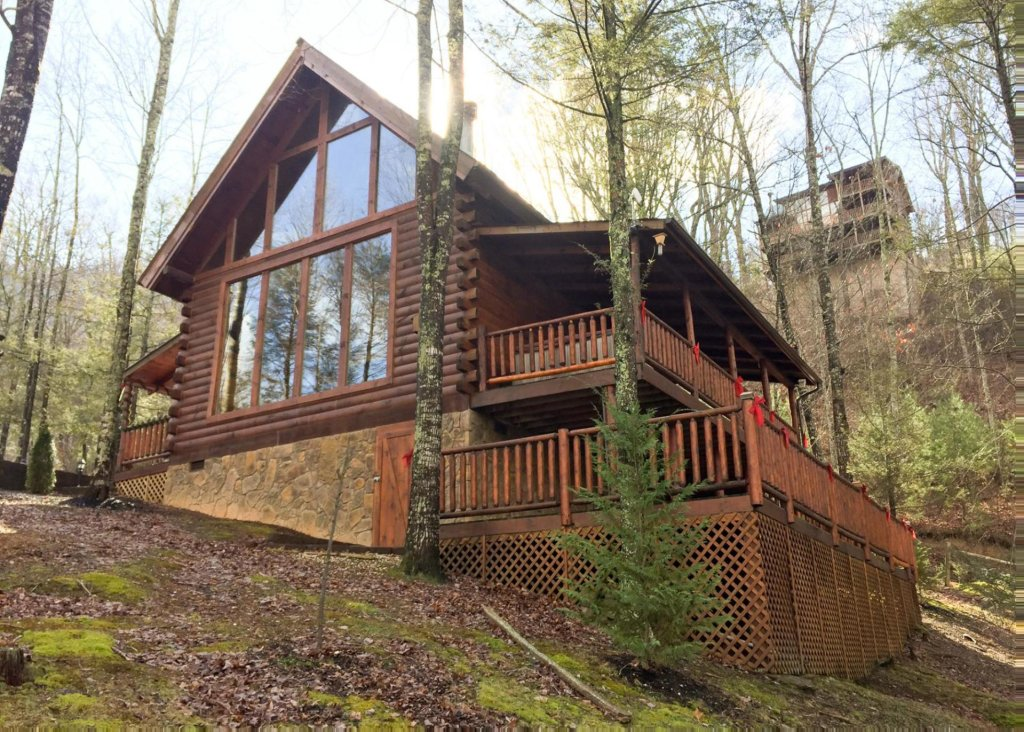 Photo of a Sevierville Cabin named Good Times 34 - This is the eighteenth photo in the set.