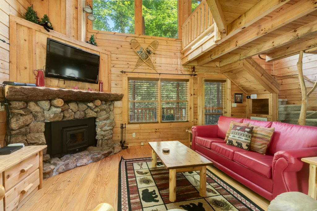 Photo of a Sevierville Cabin named In The Pines #13 - This is the second photo in the set.