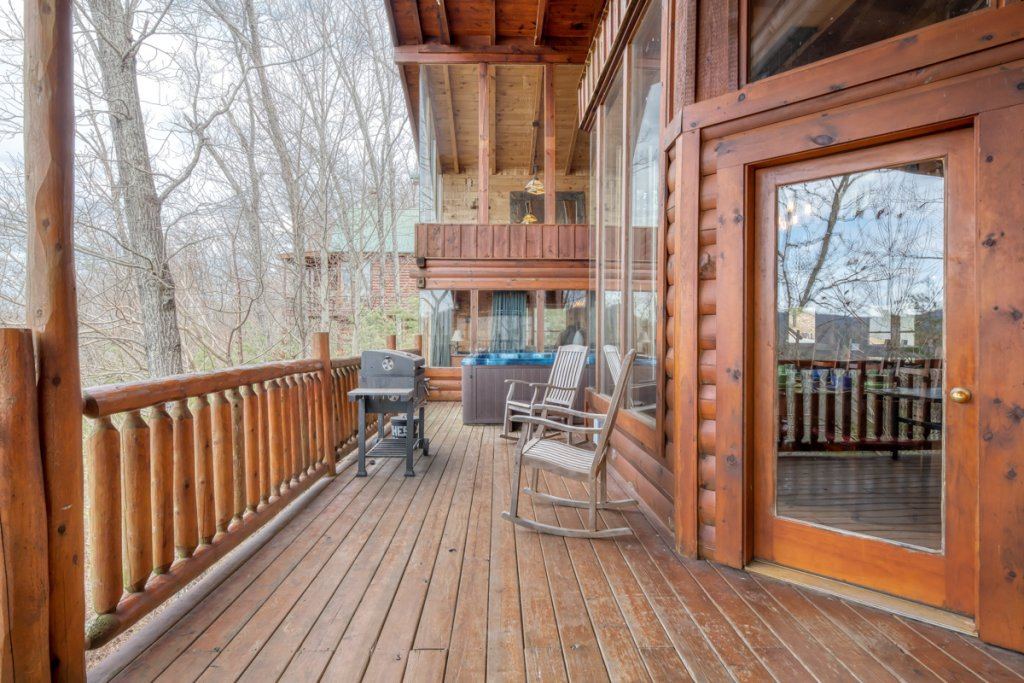 Photo of a Sevierville Cabin named Livin The Dream #44 - This is the thirty-third photo in the set.