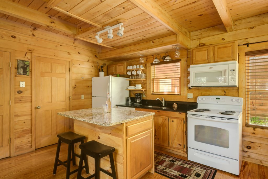 Photo of a Sevierville Cabin named In The Pines #13 - This is the fourth photo in the set.