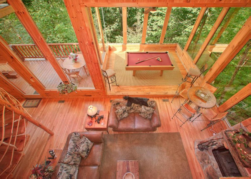 Photo of a Sevierville Cabin named Bear Extraordinaire 28 - This is the sixth photo in the set.