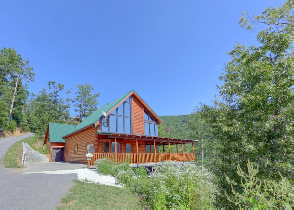 Photo of a Sevierville Cabin named Brown Bear Lodge #49 - This is the twentieth photo in the set.