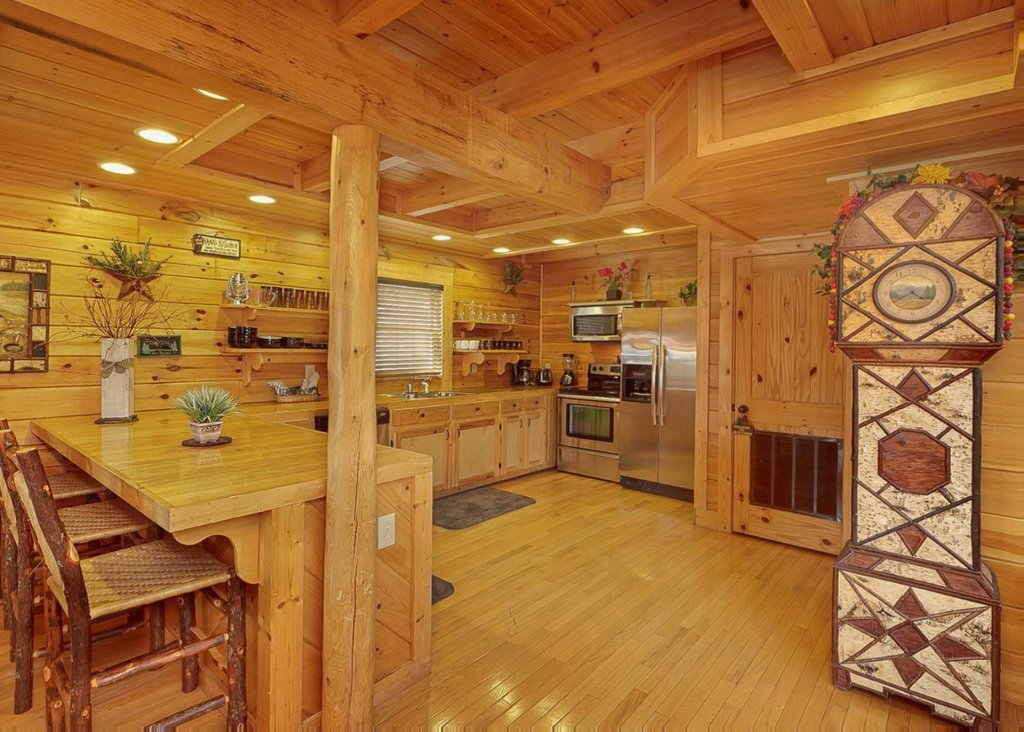 Photo of a Sevierville Cabin named Brown Bear Lodge #49 - This is the sixth photo in the set.