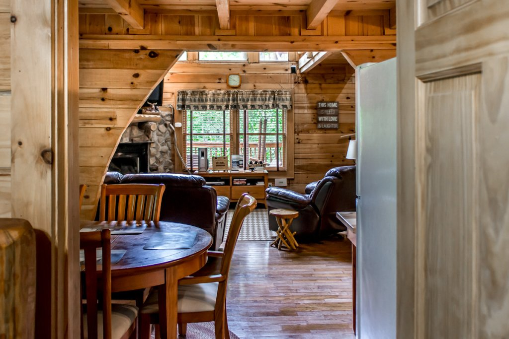 Photo of a Sevierville Cabin named Southern Comfort 22 - This is the fifth photo in the set.