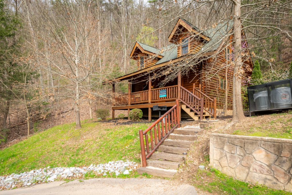 Photo of a Sevierville Cabin named Bear Naked - This is the seventeenth photo in the set.